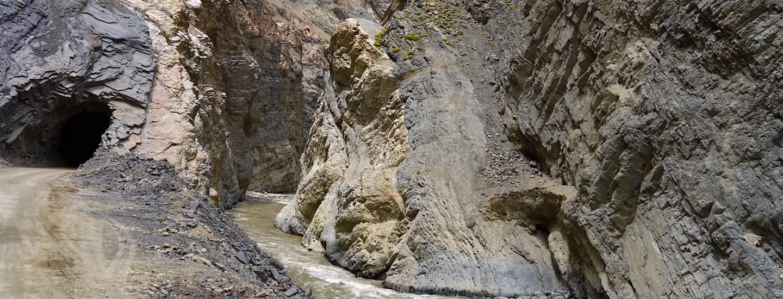 """Cañón del Pato – """"Entenschlucht"""" & die abenteuerlichste Nebenstrecke in den Bergen Perus!"""