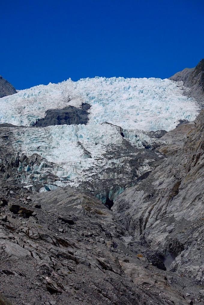 Grandioser Ausblick auf Franz Josef Gletscher - ein Talgletscher im Westland National Park - Südinsel Neuseeland