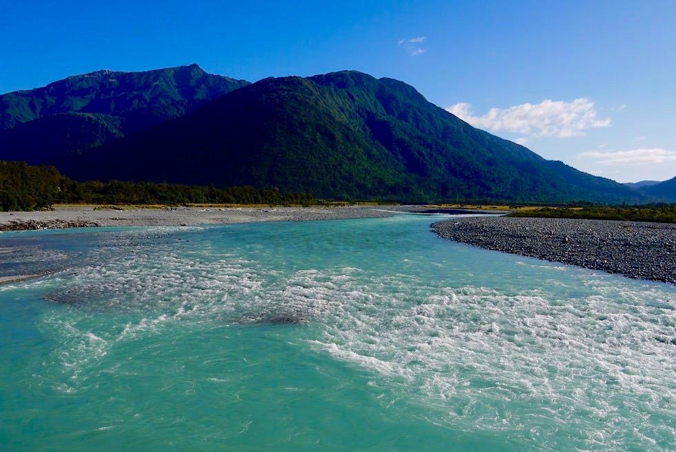 Faszinierende Natur: Westküste Neuseeland Südinsel - Herrlichen Farben: Flüsse von Gletscherwasser gespeist