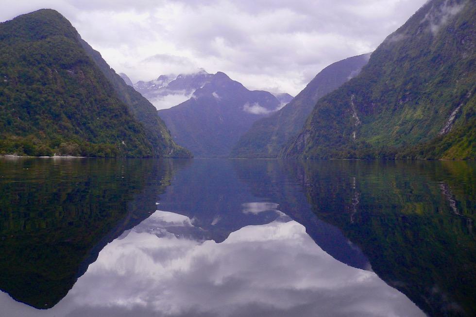 Doubtful Sound - Mystische, teilweise unheimliche Atmosphäre & Stille in dem Fjord - Fjordland Nationalpark - Südinsel Neuseeland