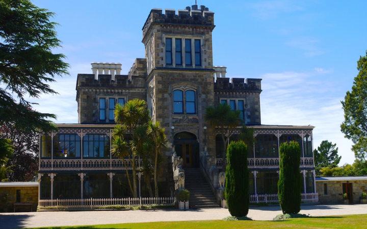 Larnach Castel Otago Peninsula near Dunedin - Neuseeland Südinsel