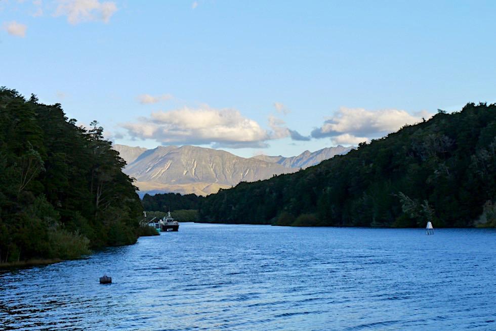 Manapouri Bootsanleger: über den Lake Manapouri und den Wilmot Pass zum Doubtful Sound - Südinsel, Neuseeland
