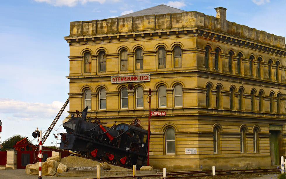 Oamaru - old building