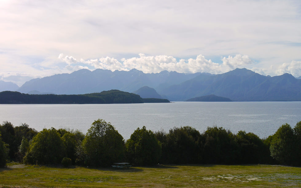View on Lake Manapouri in Fiordland National Park