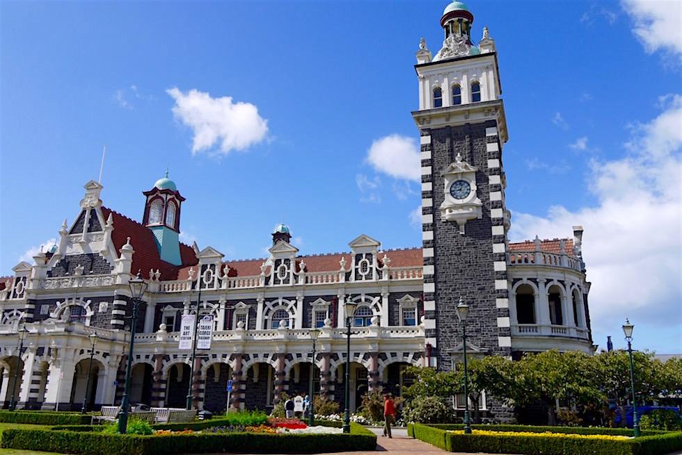 Bahnhof - Dunedin Railway Gebäude - Neuseeland Südinsel