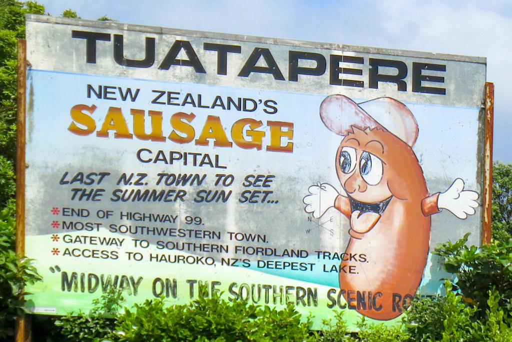 Schönes, unscheinbares Tuatapere - Waiau River in West Southland - Südinsel, Neuseeland