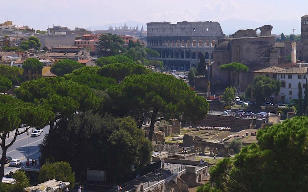 Forum-Romanum-seen-from-Capitol-Rome
