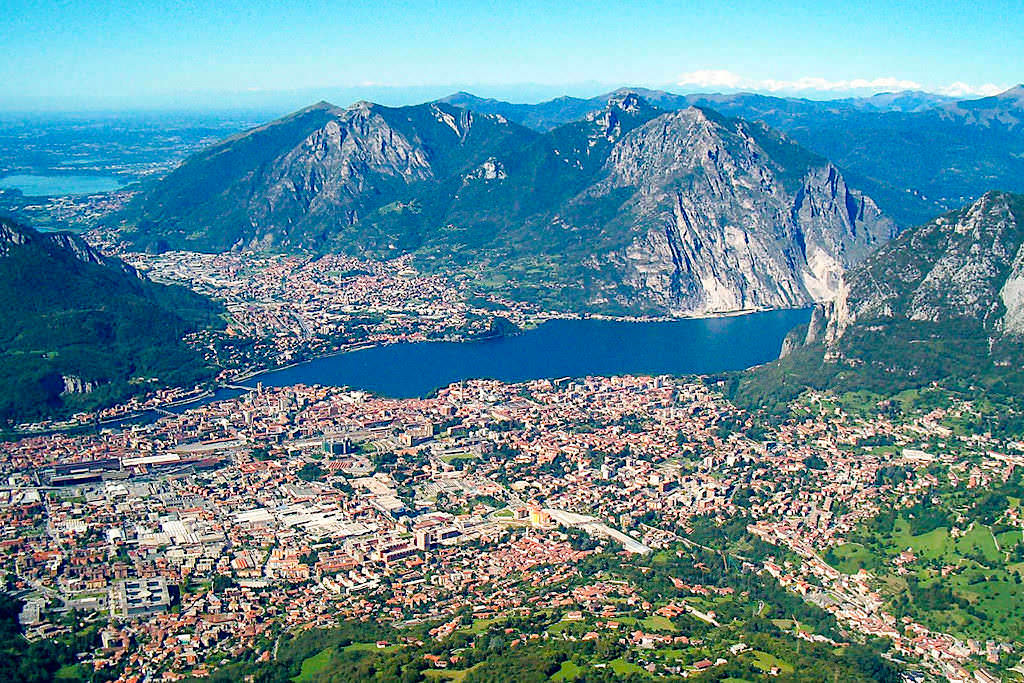 Piani d'Erna - Ausblick auf Lecco & Comer See - Italien