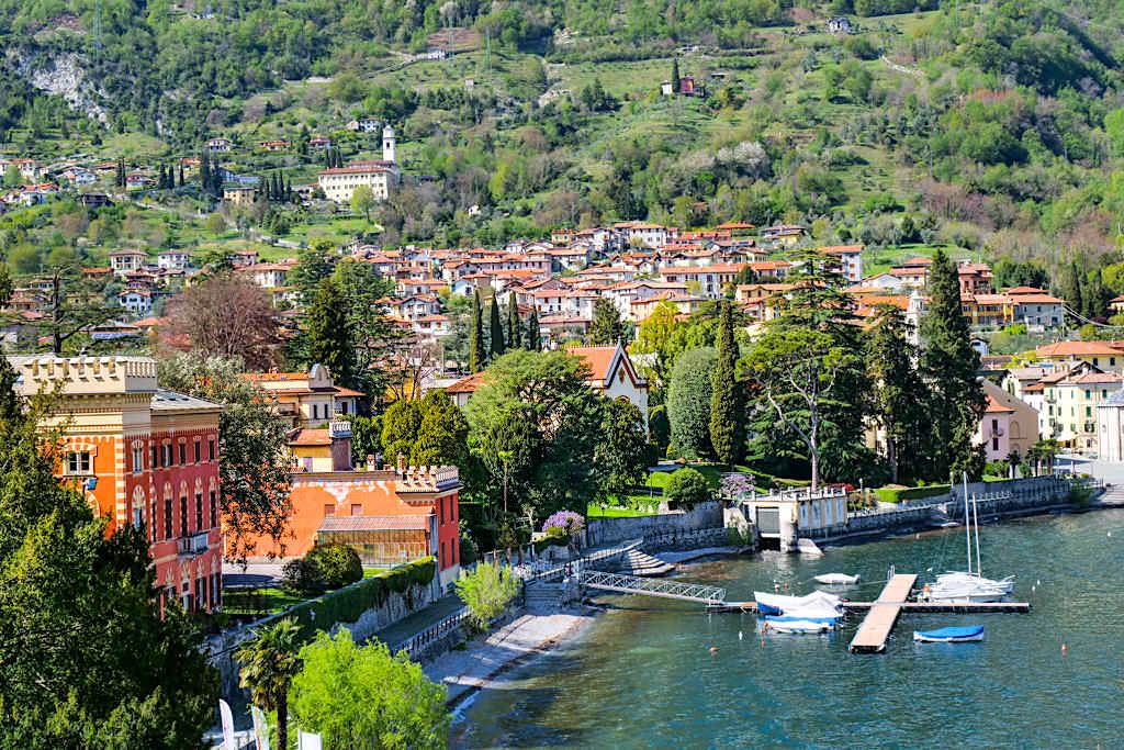 Das idyllisch schöne Lenno schmiegt sich entlang der malerisch schönen Bucht von Venere - Comer See Sehenswürdigkeiten - Lombardei, Italien