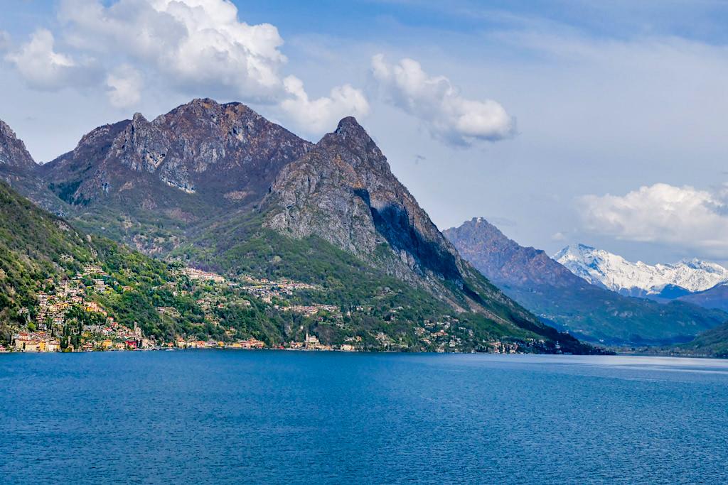 Grandioser Ausblick auf den Luganer See und die Berge - Italien