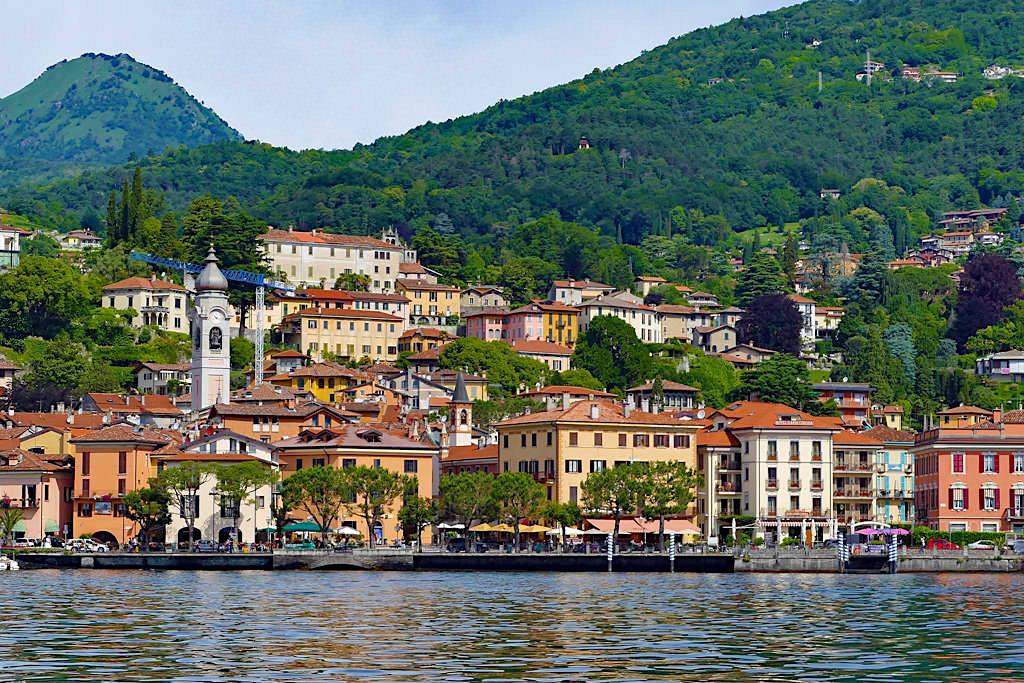 Menaggio mit Uferpromenade - Comer See - Italien