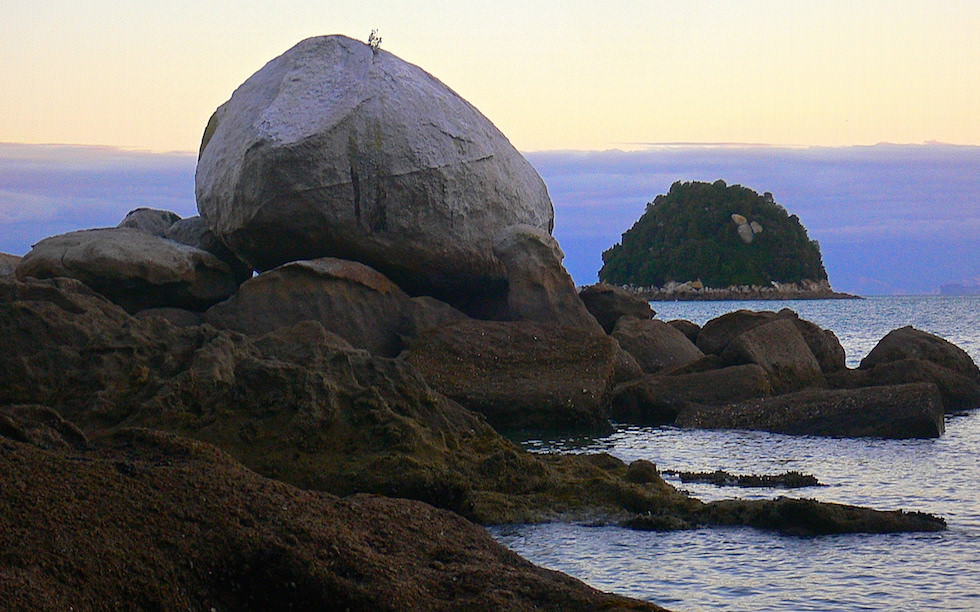 Split Apple Rock near Abel Tasman National Park NZ