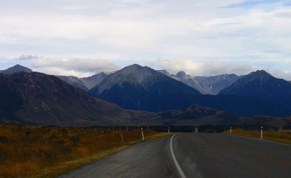 From Castle Hill to Arthurs Pass west of Christchurch NZ