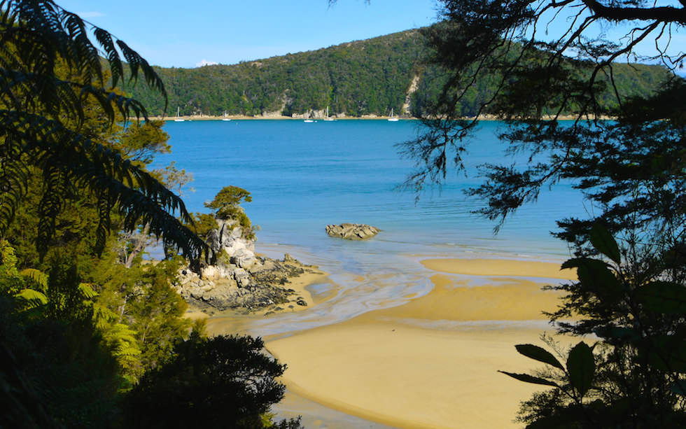 Beautiful Stilwell Bay at Abel Tasman National Park on South Island NZ