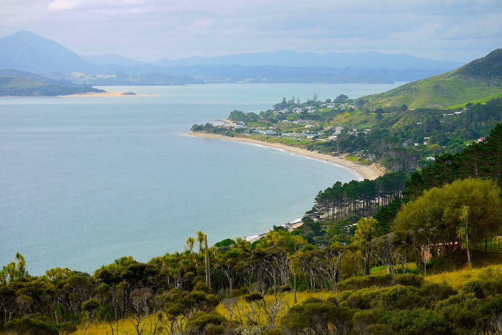 Entrance of Hokianga Harbour  Far Northland New Zealand