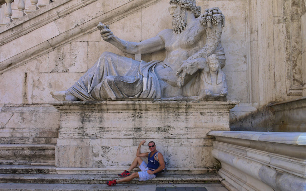 Statue am Kapitalonischer Hügel im Rom Italien
