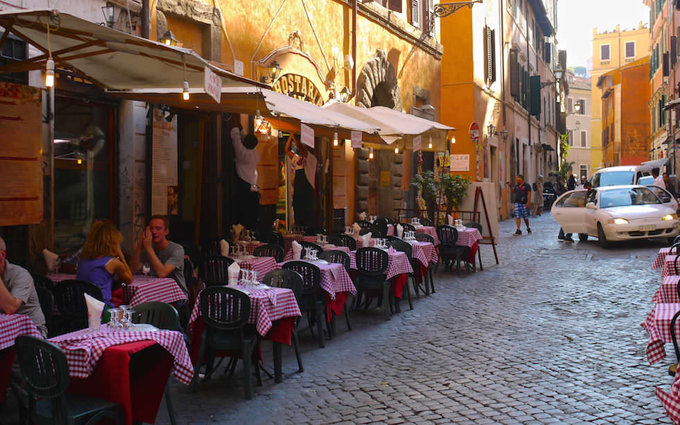 Have a rest in Lovely Trastevere in Rome