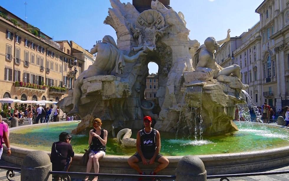 Piazza Navona mit Fontane-dei-Quattro-Fiumi in Rom Italien
