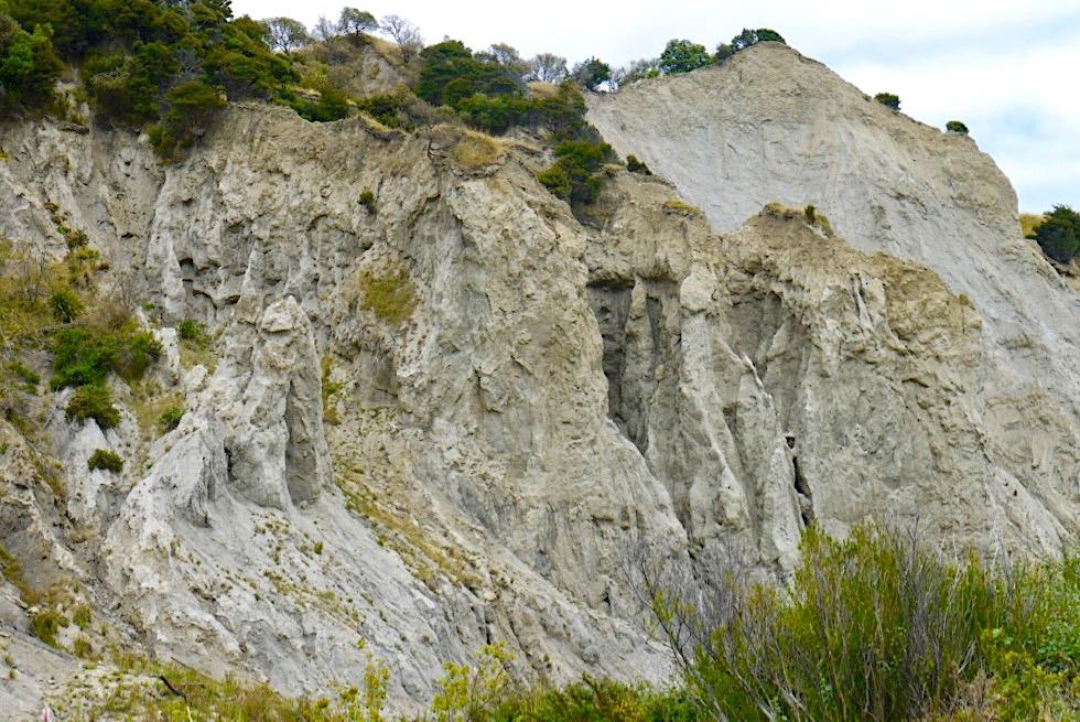 Putangirua Pinnacles beim Campground & Parkplatz - Südküste der Nordinsel - Neuseeland