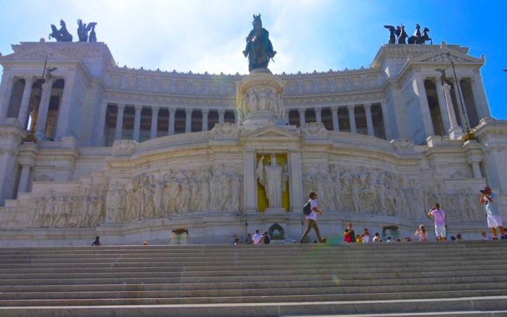 Victor Emanuel II Momument in Rom Piazza Venezia