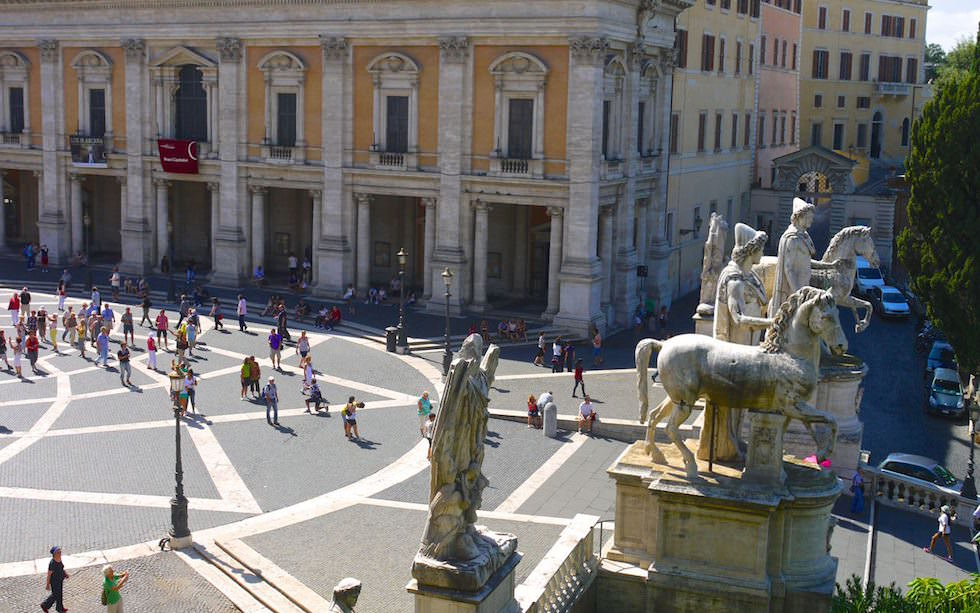 Rome-view-on-Piazza-del-Camidoglio-at-Capitoline-Hill