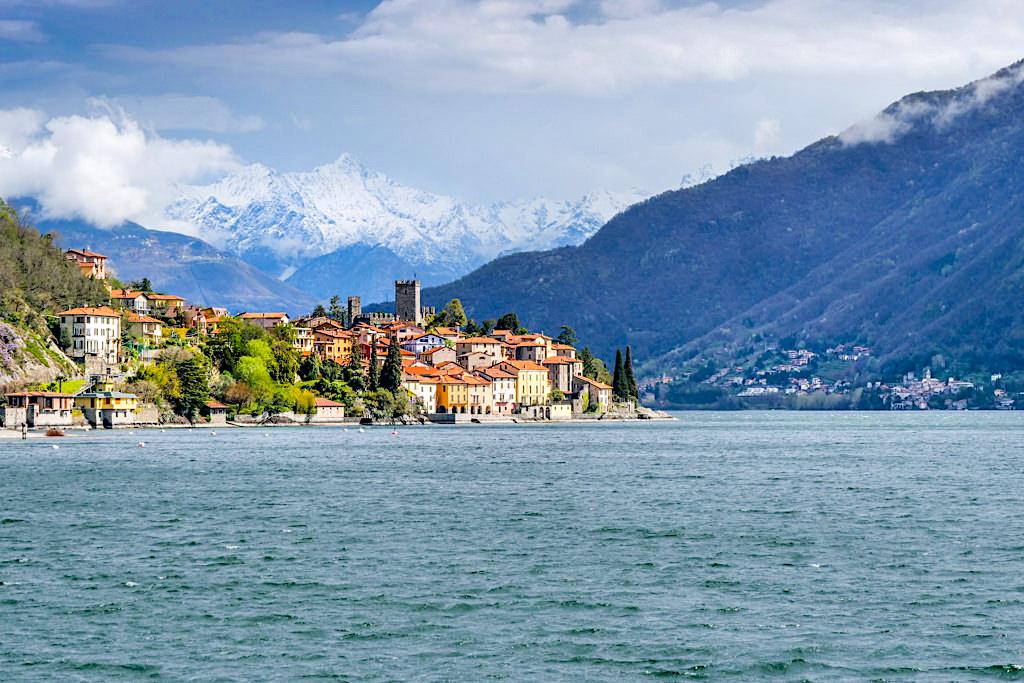 Santa Maria Rezzonico Gemeinde San Siro - Postkarten-Idylle am Comer See mit faszinierender Bergkulisse - Lombardei, Italien