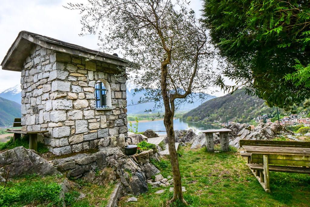 Sasso di Dascio - Grandios schöne Lago di Mezzola Wanderung - Lombardei, Italien