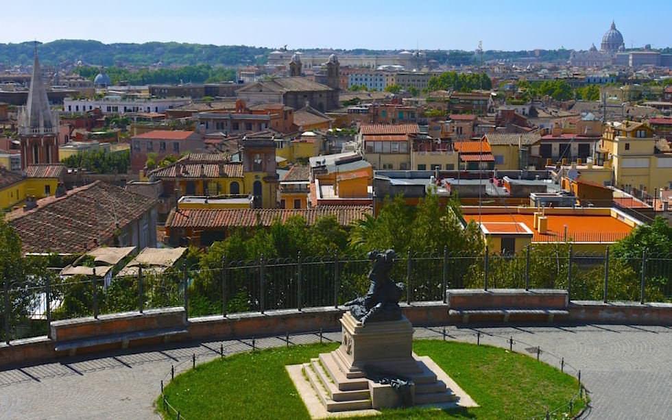 View-on-Rome-from-Viale-della-Trinita-dei-Monti