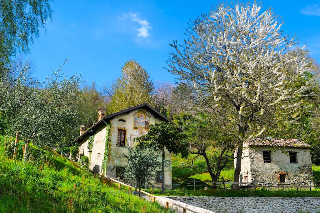 Villa Carlotta - Alte, bezaubernde Gemäuer am höchsten Punkt der Gartenanlage - Comer See, Italien