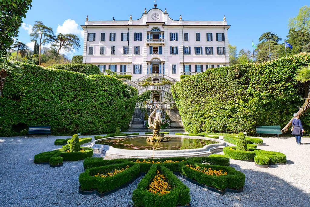 Villa Carlotta - Hauptansicht mit Treppe & Brunnen - Comer See Sehenswürdigkeiten- Italien