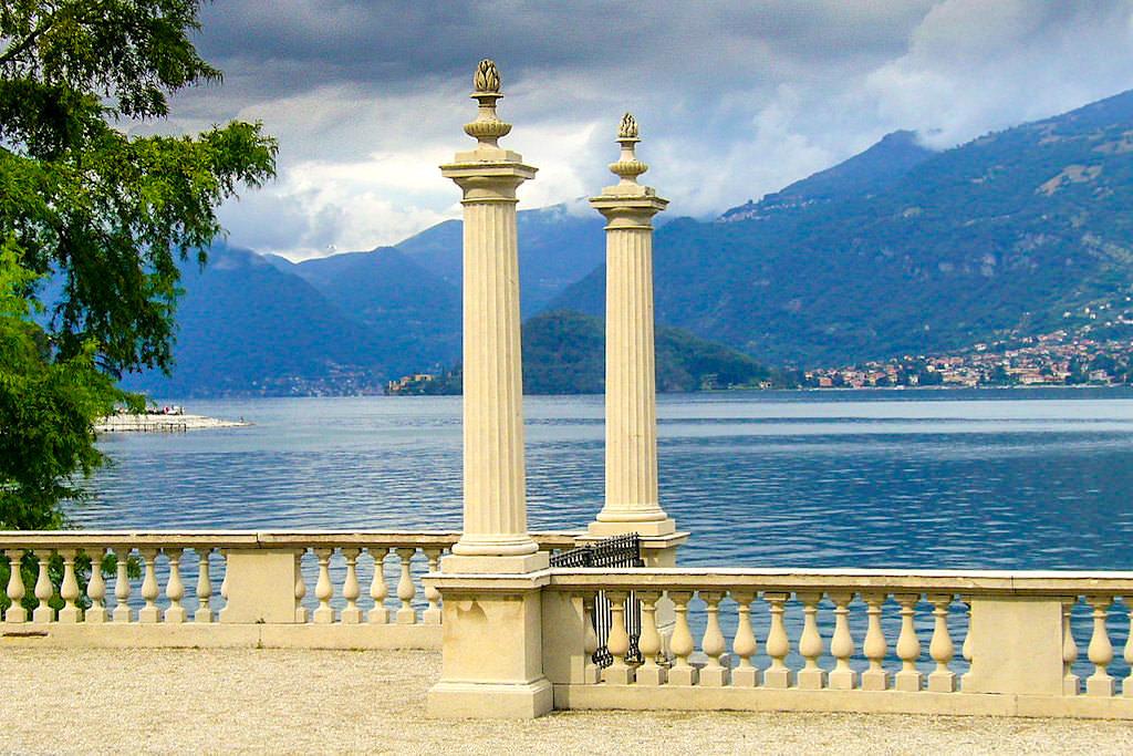 Villa Melzi - Ausblick auf das Westufer des Comer Sees - Lombardei, Italien
