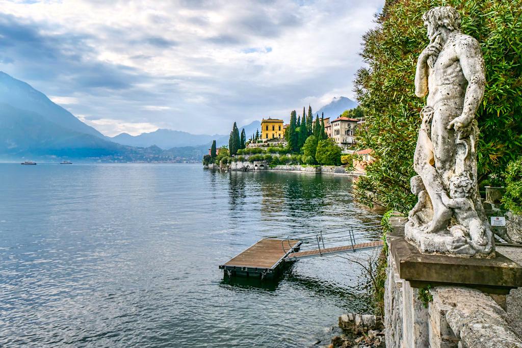 Villa Monastero - Immer wieder herrliche Ausblick auf Südseite von Varenna & den Comer See - Lombardei, Italien