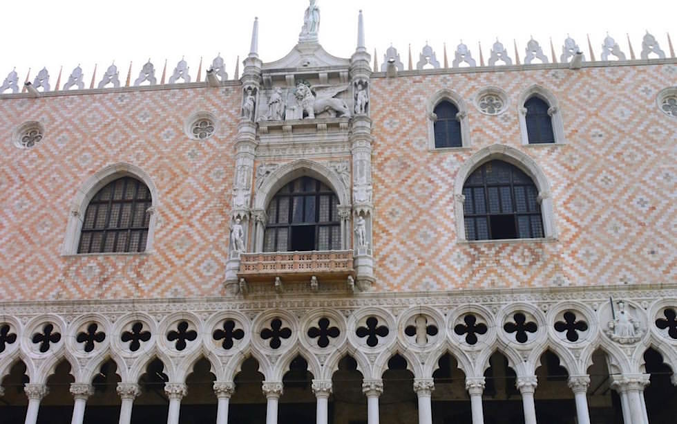 Palazzo Ducale - Dogenpalast Markusplatz Venedig Italien