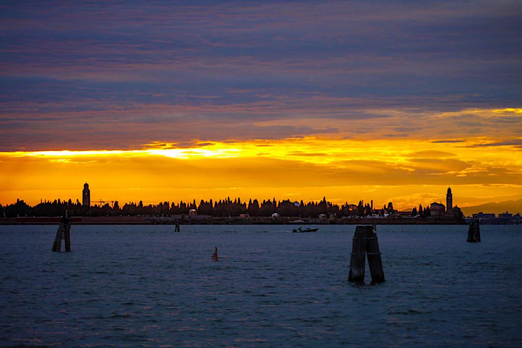 Venedig Sehenswürdigkeiten: Lagune von Venedig bei Sonnenuntergang - Italien