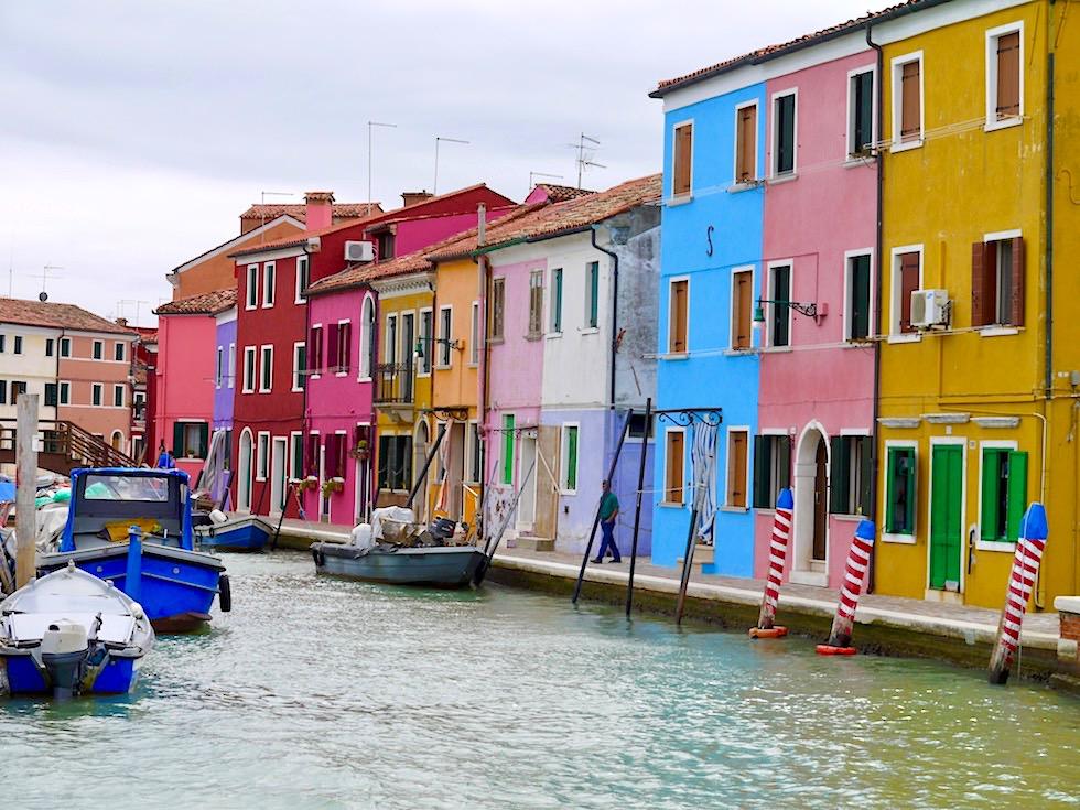 Farbenfrohes Burano - Das Highlight sind die kunterbunten Fischerhäuser - Lagune von Venedig - Italien