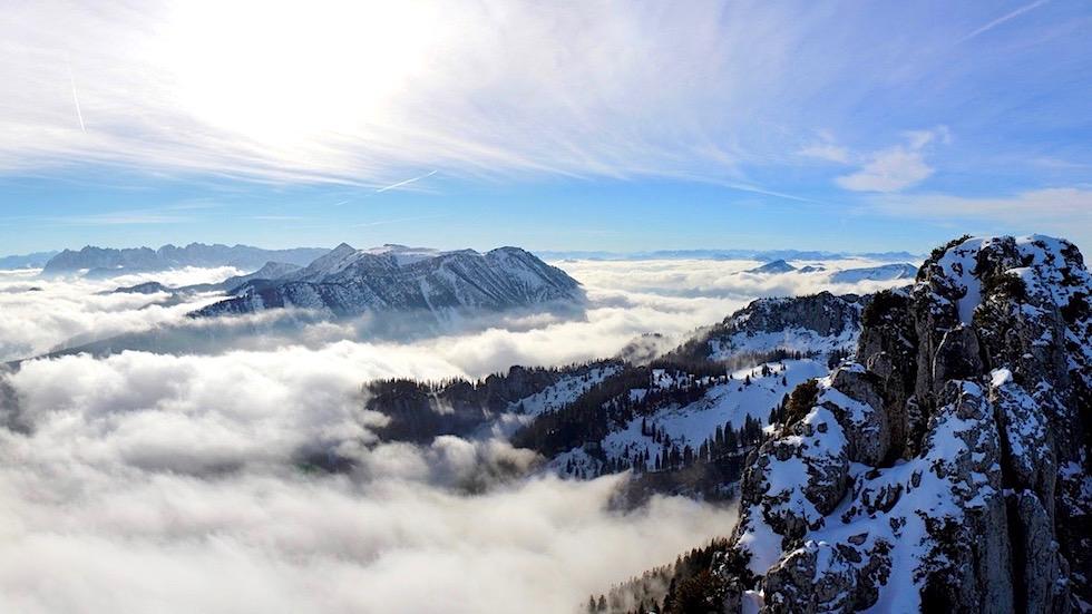 Kampenwand - Freie Bergpitzen & Tal im Nebel - Chiemsee - Bayern
