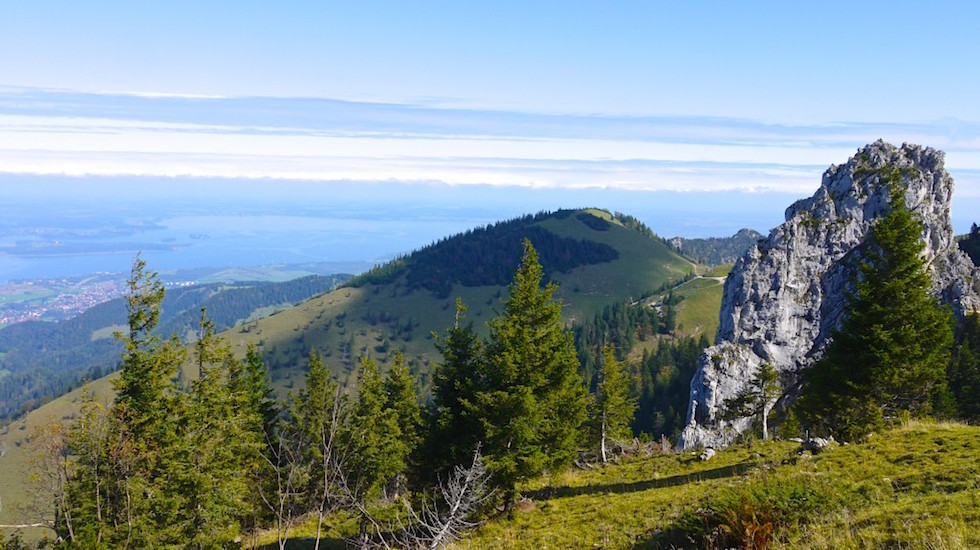Aussicht Panoramaweg Kampenwand Aschau Chiemsee