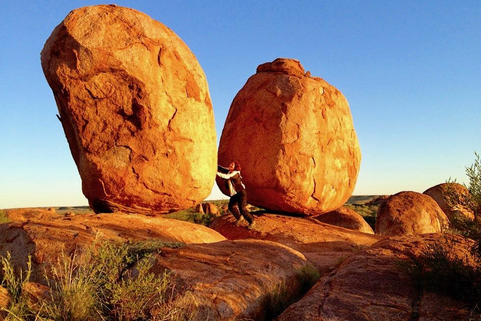 Devil Marbles - Balancierende Felsbrocken sind eine herrliche Fotospielwiese - Northern Territory