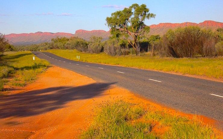 MacDonnell National Park - Alice Springs - MacDonnell Range