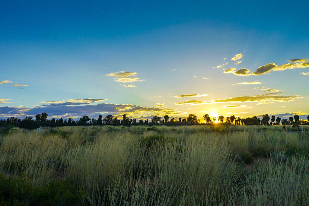 Uluru - Kata Tjuta Nationalpark bei Sonnenaufgang - Northern Territoy