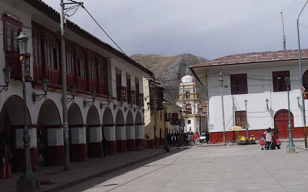 Hauptplatz Huancavelia Peru