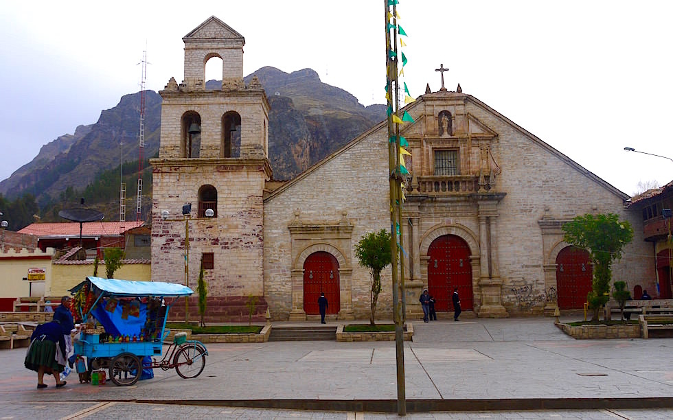 Kirchen Huancavelia Peru
