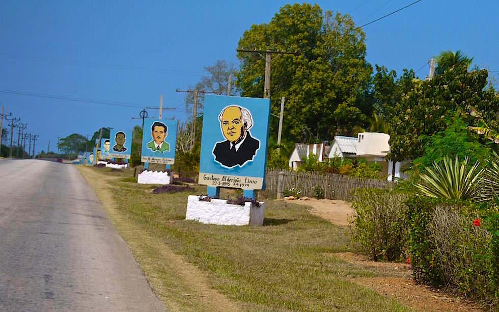 Für die Revolution gestorben - Straßenschilder - Kuba jenseits des Tourismus erleben!