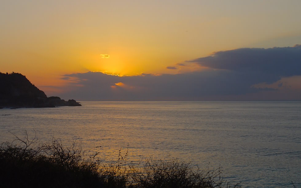 Sonnenaufgang an der Südküste - Kuba jenseits des Tourismus erleben!