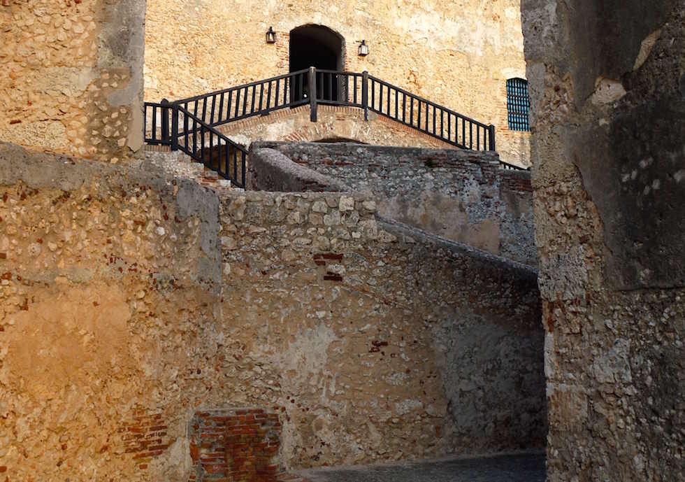 Im Festungsinnern Castillo del Morro San Pedro de la Roca bei Santiago de Cuba Kuba