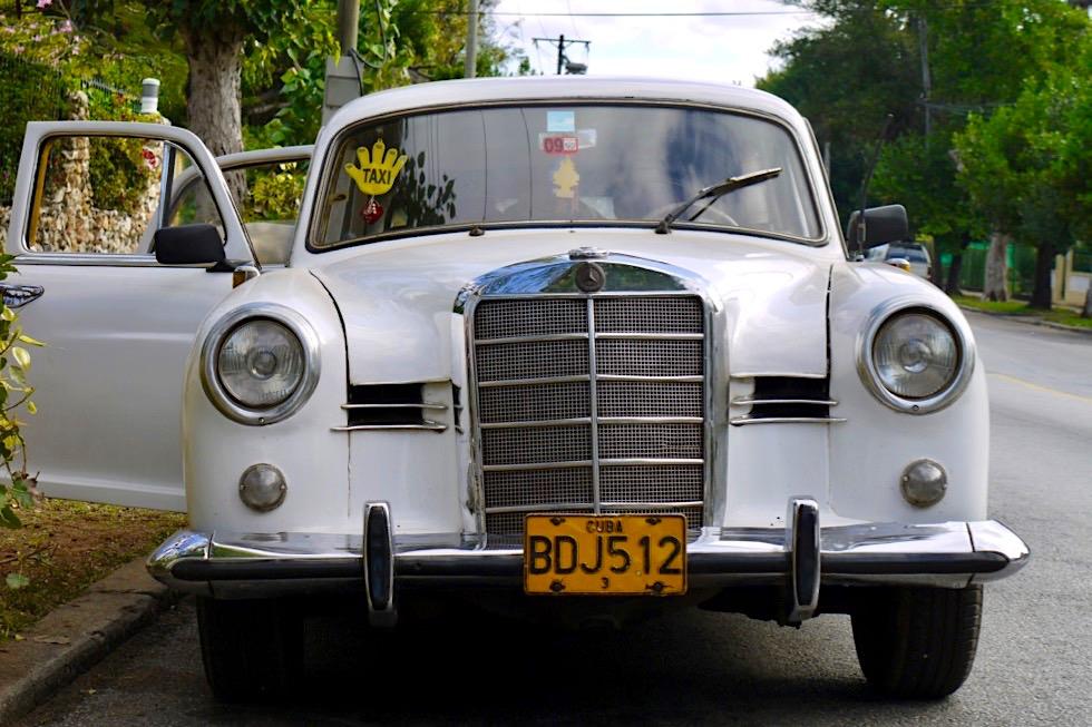 Private Taxi als Transportmittel für lange Strecken - Preise müssen verhandelt werden - Kuba