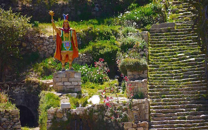 Isla del Sol im Titicaca See - Escalera del Inca, die Steintreppe der Inka bei Yumani