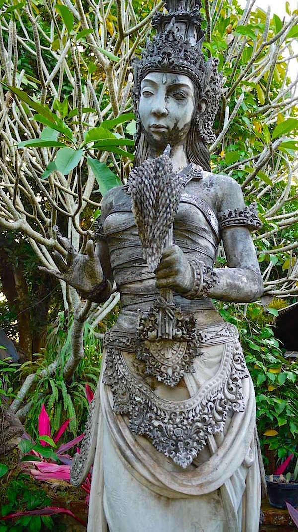 Dewi Sri - Fruchtbarkeitsgöttin & Reisgöttin von Bali - Weltbekannte Reisterrassen - Indonesien