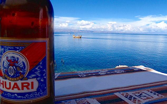 Isla del Sol im Titicaca See - Blick vom Restaurant in Yumani