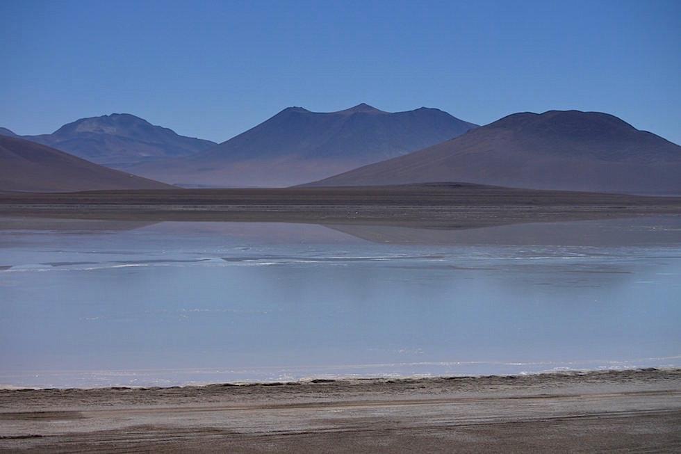 Laguna Blanca im Nationalpark Eduardo Avaroa Bolivien - Salar de Uyuni Tour